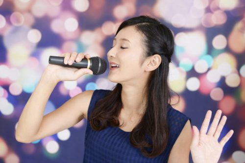 Hát các bài hát tiếng Anh