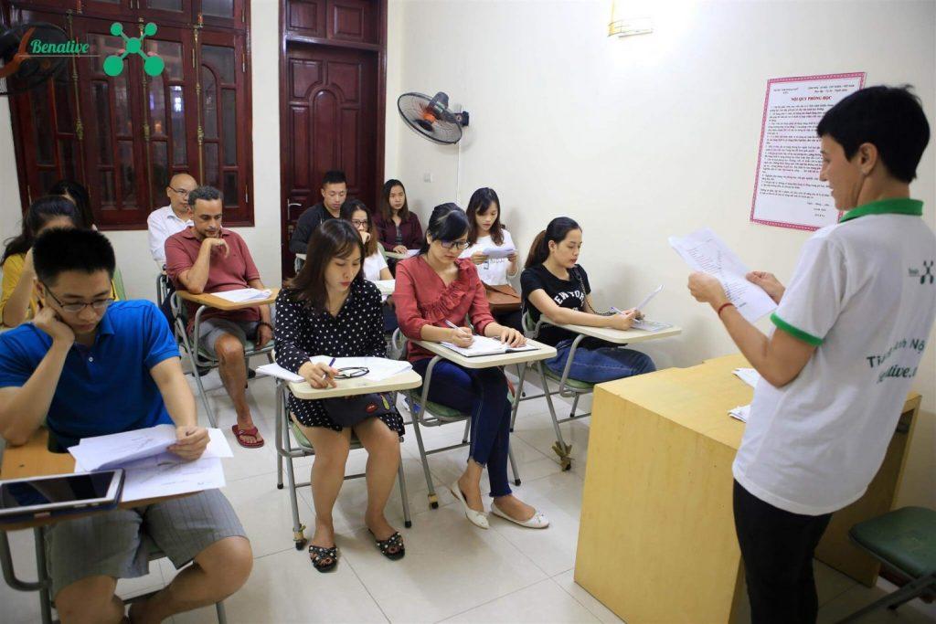 Lớp học tiếng Anh giao tiếp cho người đi làm
