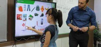 Chương trình học tiếng Anh mới: Học sinh phải tự học nhiều hơn?